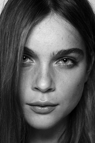 incredible eyebrows: Face, Photo Ideas, Makeup, Happy, Woman Portraits
