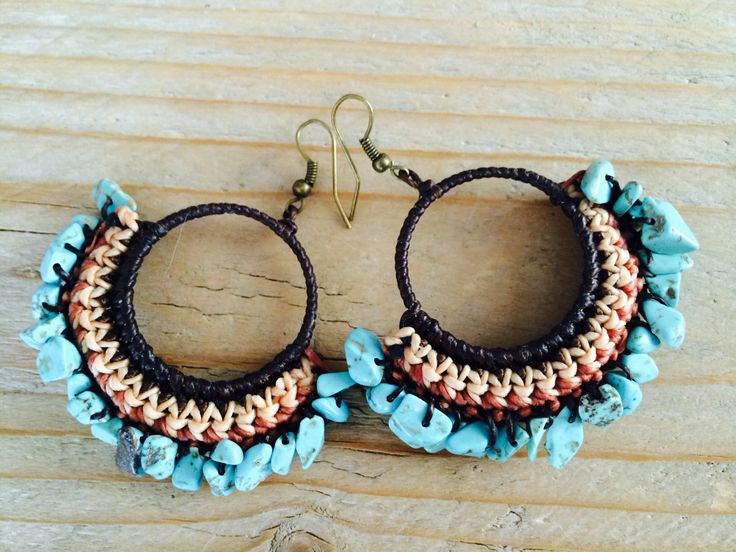 Turquoise stones raw in waxed beige and brown cotton. Save to ware, Nickel and Lead free. €12,50