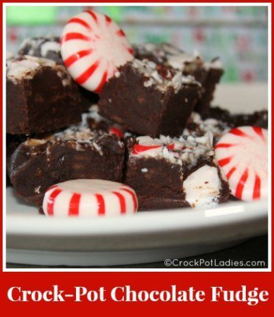 Crock-Pot Chocolate Fudge - with only 2 ingredients this slow cooker fudge recipe could not be easier! Perfect for holiday gift giving! {via CrockPotLadies.com} #Crockpot #Slowcooker #Candy #Christmas