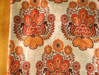 「レトロビアンカ」fromドイツ 織り生地のカーテン 108×214cm