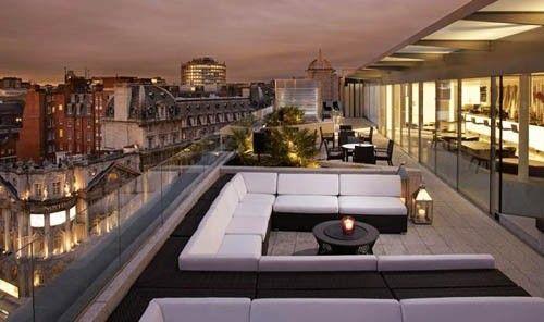 London: Radio Rooftop Bar, ME London