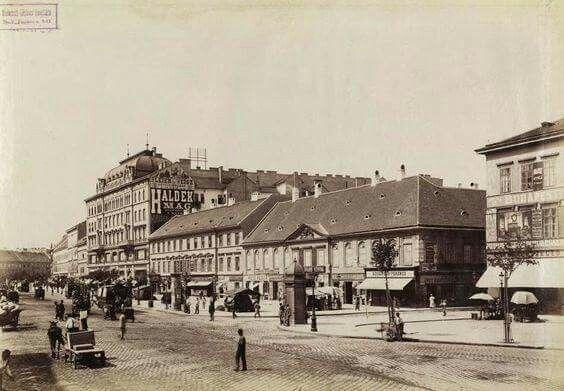 1895. Károly körút a Dob utca torkolatánál