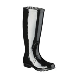 Target Rain Boots... Cheap knockoff Hunter boots. Bought the grey and love them.  Tarjay to the rescue