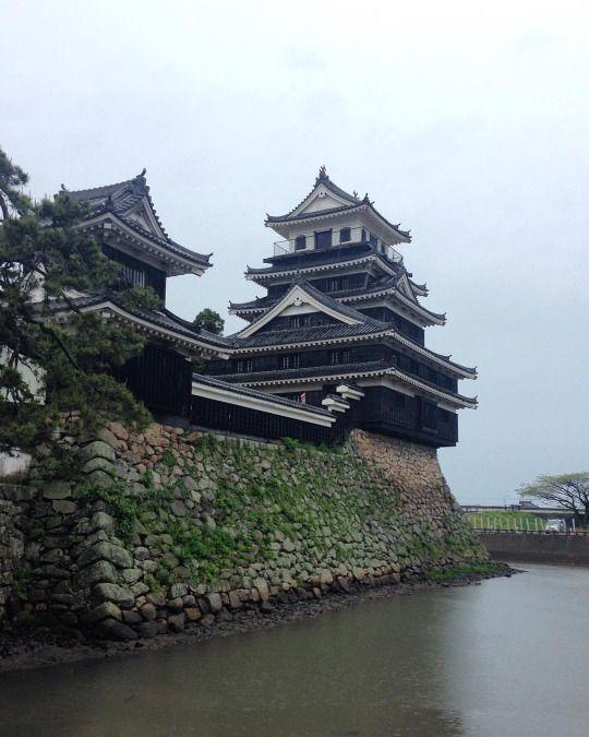 Castillo de #nakatsu  #fukuoka #japan #travel #backpack (en Nakatsu Castle)