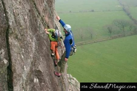 In Himachal Pradesh, one can explore the fun behind the steep rock climbing and admire the utmost beauty of nature. We bet, you never would have seen the beauty of your own country with such a view.