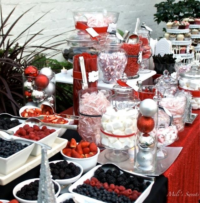 holiday corporate party dessert tables at Darlington House, La Jolla, CA. Set and catered by Mili
