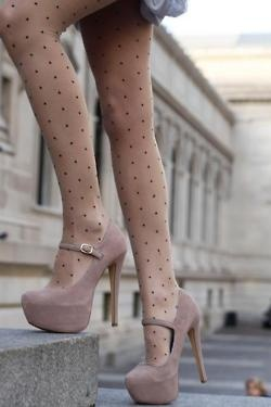 Polka dot tights with blush nude platforms - we love!