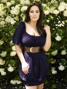curvy fashion love the color an like that it looks easy to nurse in this