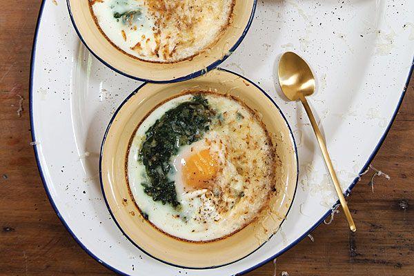 Espinacas y huevos al horno  - JULIANA LOPEZ MAY