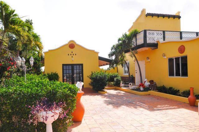 Boegoeroei - Fully Furnished | Casnan.com Aruba Real Estate