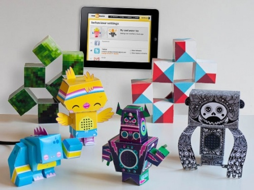 Make-your-own pretty paper robots with French startup reaDIYmate