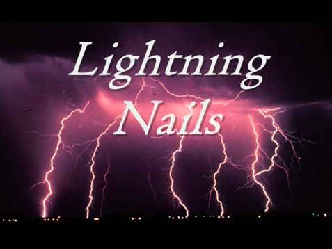 VOILÀ! Dramatic lightning nails.