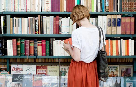 show stopper    (garancedore.fr)Book Stores, Booksread Woman, Beautiful Book, Reading Book, Garance Doré, Libraries Chic, Bobs Book, Book Girls, Librarians Chic