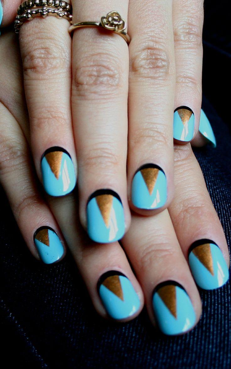 Manic Monday geometric nail art