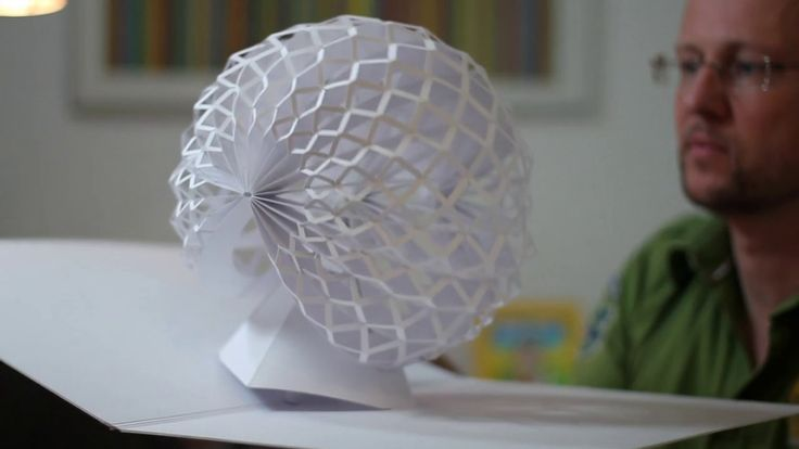 The Magic Moment // Engineer alters paper into surprisingly 3D pop-up sculptures
