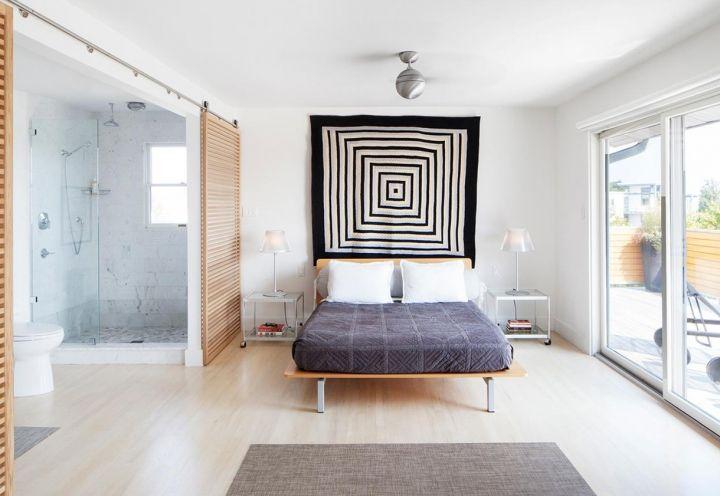 La camera da letto padronale: ampia, ariosa, razionale affaccia su una grande terrazza esposta a Sud