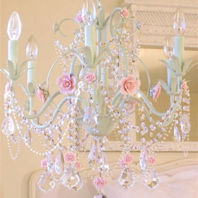 43 best Shabby Chic Chandeliers images on Pinterest | Shabby chic ...
