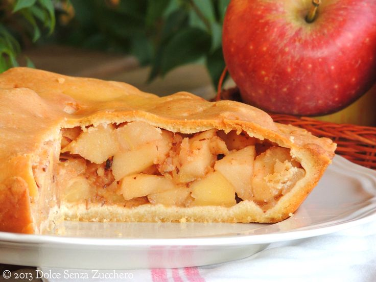 Torta di mele senza glutine, lievito, zucchero. Con uova e ghee.