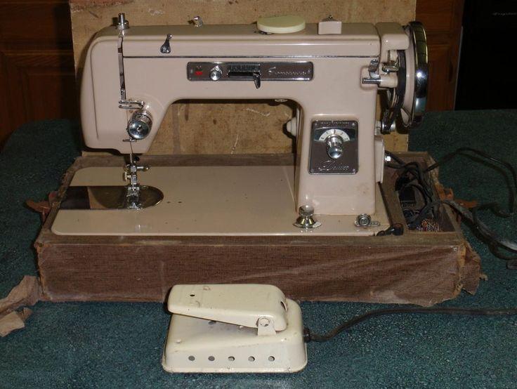 VINTAGE Montgomery Ward Signature Sewing Machine URR 1-15