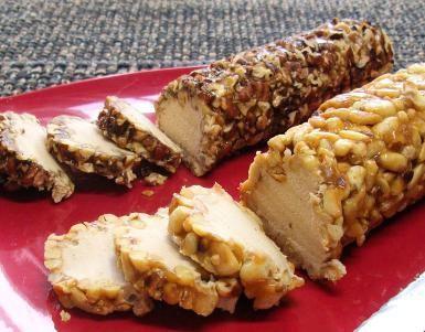 Dulce sofisticado para cualquier ocasión especial: Rollos de nuez: Un delicioso rollo dulce de nueces y otro de piñones.