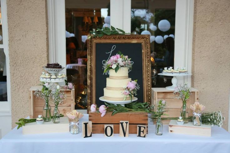Wedding Cakes Adelaide - Small Delights- rustic wedding cake and table setting