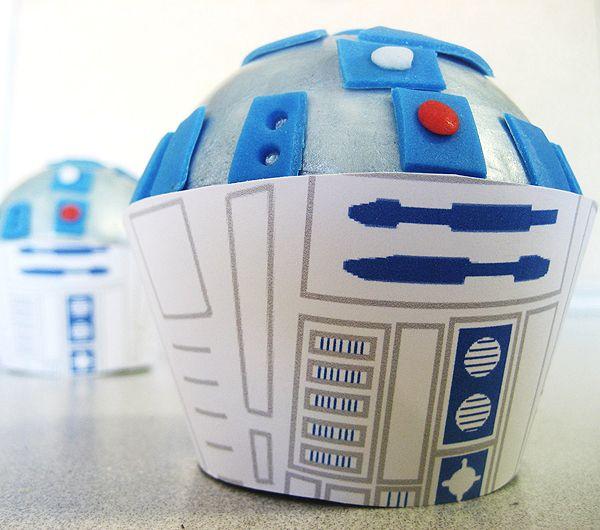 R2-D2 #cupcake! #starwars #etsyGeek, Cupcakes Toppers, Star Wars, Stars Wars, R2D2 Cupcakes, Cupcakes Wrappers, Cupcake Toppers, Cupcakes Rosa-Choqu, Starwars