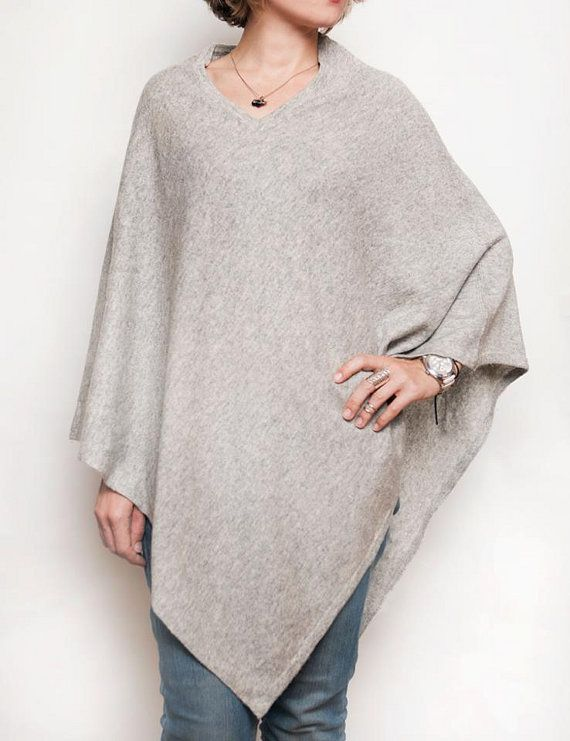 Light gray poncho 100% cashmere poncho knitted poncho by CurryMoon