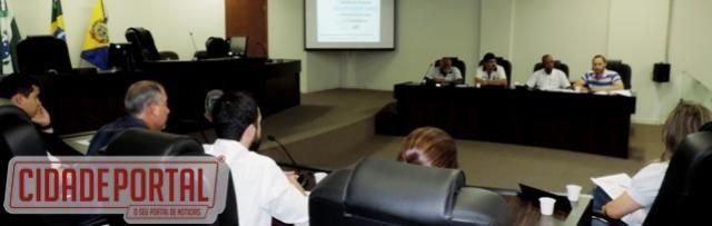 Vereadores acompanham prestações de contas do Executivo em Campo Mourão