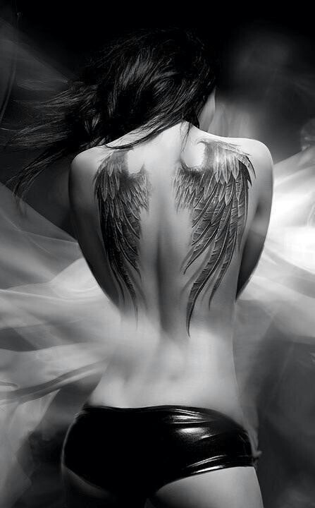 So pretty i would love to have this but i don't think i could do it :/