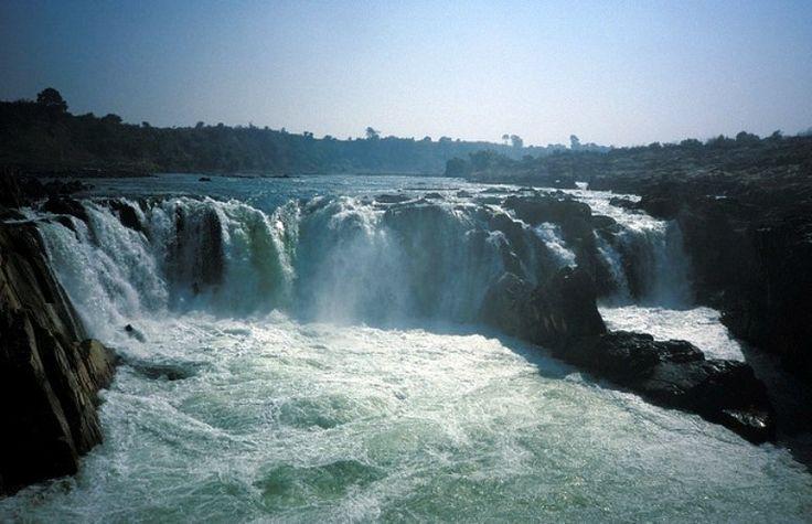 Dhuadhar Falls- Jabalpur <The Smokey Cascade>