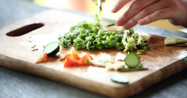 Dieta contro la gotta: cosa mangiare per guarire