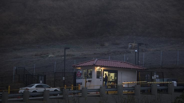 Negligence by Southern California Gas Co. led to massive Porter Ranch-area gas leak, AQMD says