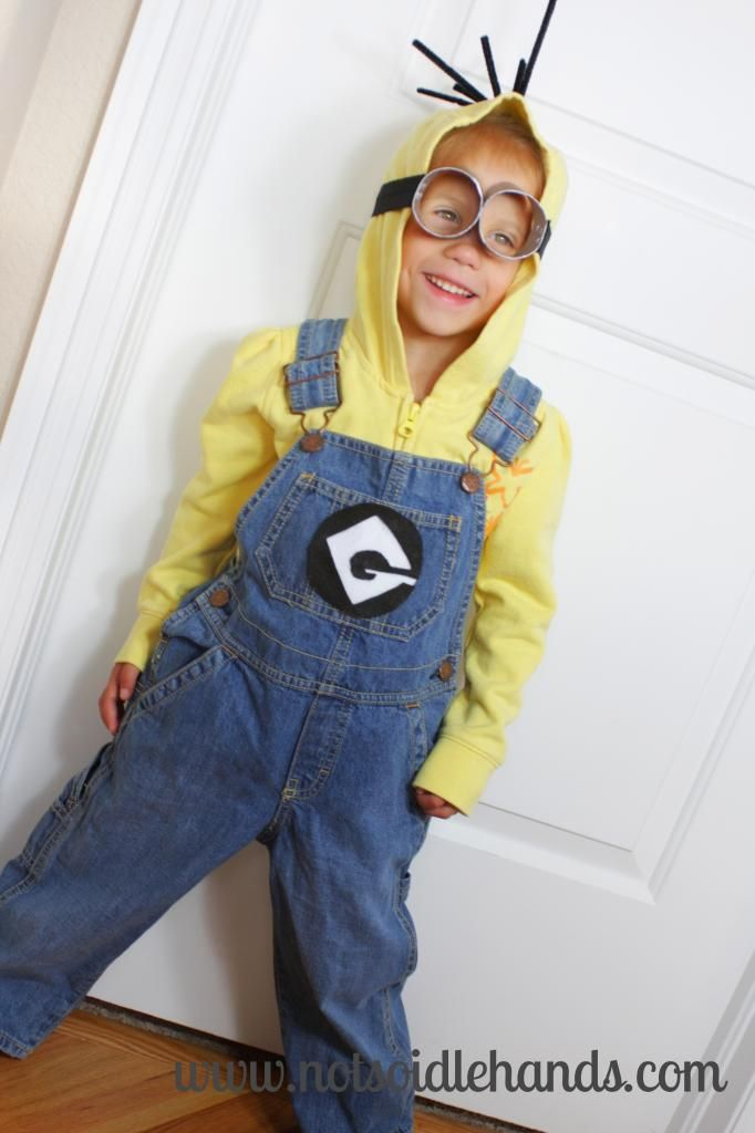 Despicably Cute and Easy Minion Costume by NotSoIdleHands.com