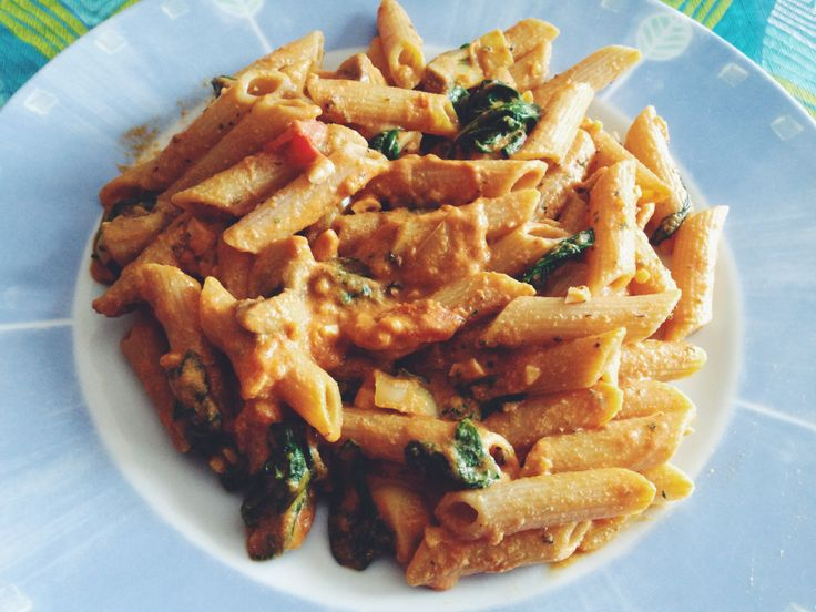 This pasta is delicious and super easy to make! If you are busy like me, this is something you might like to try. Oh, and it's vegan! This recipe is packed with healthy ingredients to keep your die...