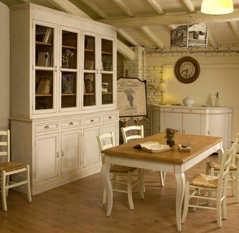 Stile provenzale: sala da paranzo luberon - clicca per ingrandire