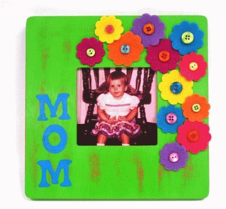 What a simple, creative idea for a handmade picture frame!