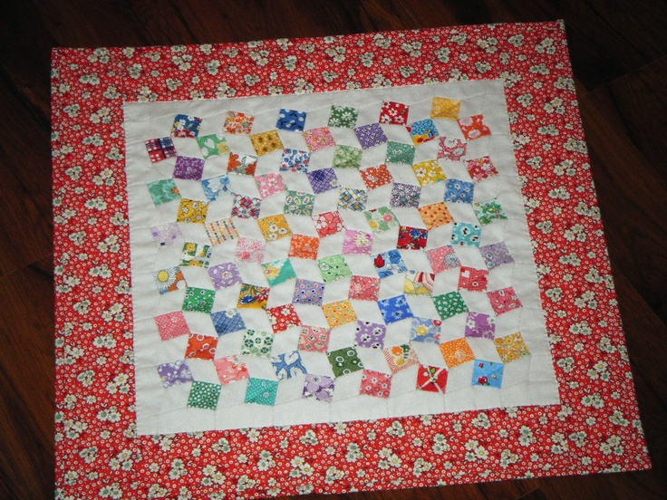 squares and diamonds doll quilt.  cute!Dolls Quilt, Quilty Stuff, Diamonds Dolls