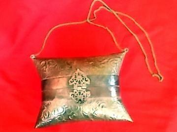 Sooo Cool! Pillow Purse Brass #Vintage Ornate #Handbag  by #Hoopties for $12.00