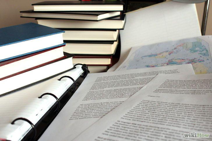 A lo largo de tu carrera académica, seguramente te soliciten que escribas un ensayo varias veces. Puede tratarse de un ensayo por encargo de un profesor, entrar a un concurso de ensayos o escribir uno para conseguir el ingreso a la universidad. Este artículo te mostrará las distintas etapas del proceso de escribir y revisar tus ensayos. Luego, exploraremos cómo escribir ensayos narrativos, persuasivos y expositivos.