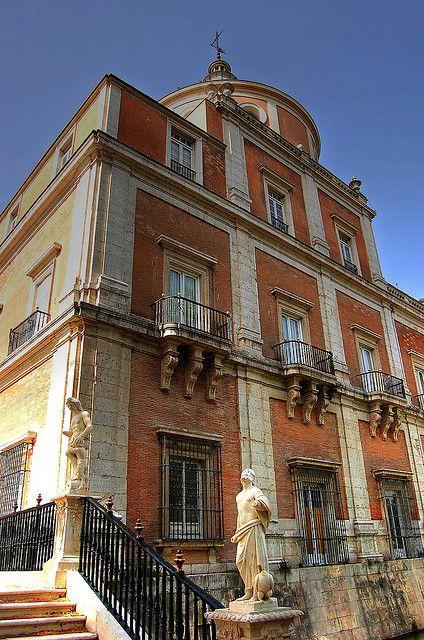 Royal Palace of Aranjuez, Madrid, facade of the river