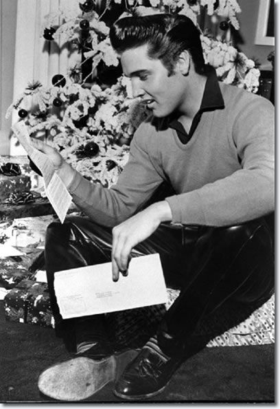 Best 25+ Elvis presley christmas ideas on Pinterest | Elvis ...
