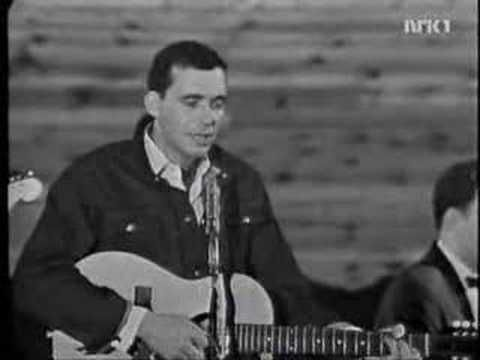 Bobby Bare - 500 miles - YouTube. A great oldie:) #BobbyBare #500Miles #CountryWestern