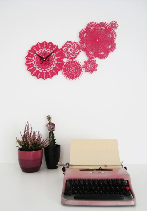 LOVING this doily wall display....