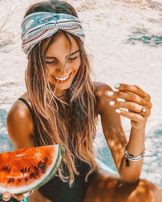 10 essentials que necesitas para ir a la playa – Brooke Owenby