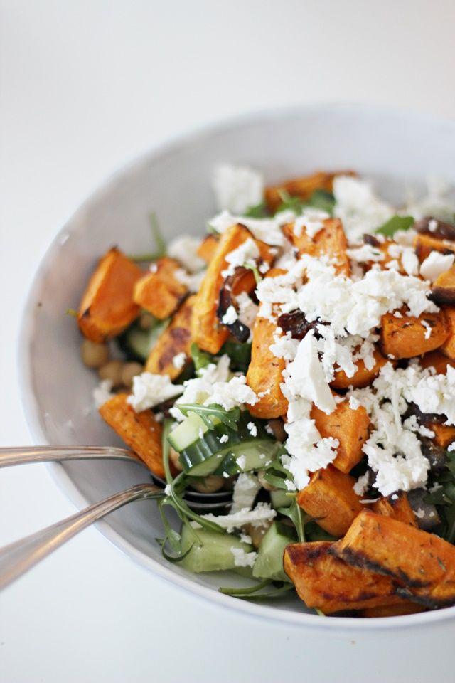 LA PETITE PRINCESSE: Maailman paras salaatti paahdetusta bataatista ja fetajuustosta.