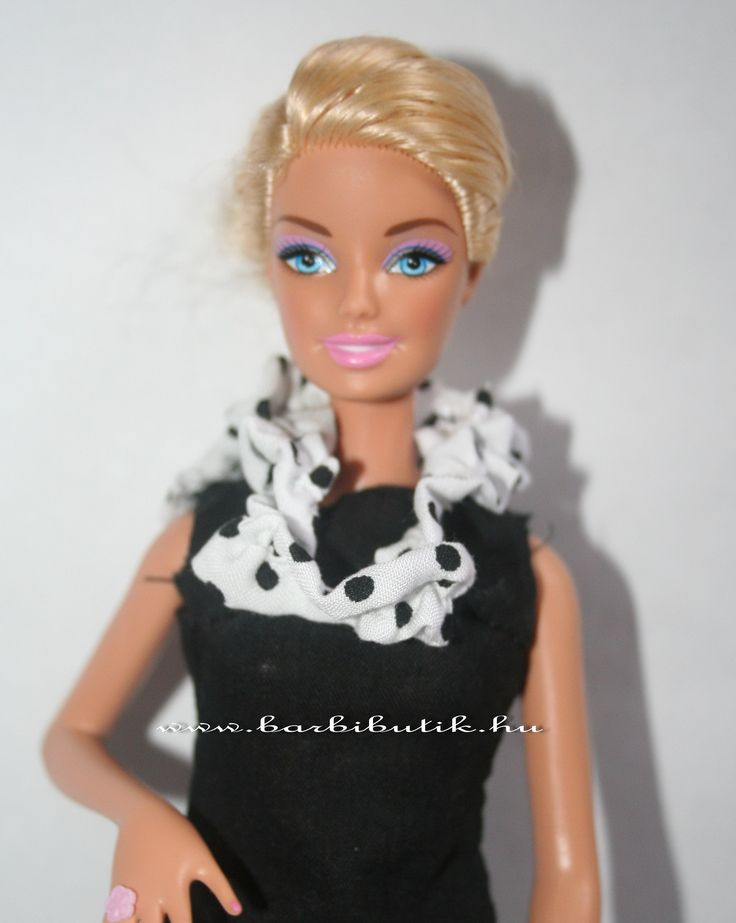 Tavaszi Barbie sál. / Barbie scarf.