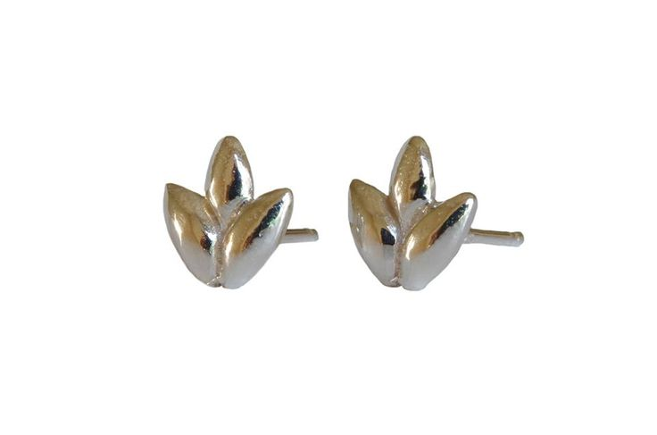 Foliage studs; Material: sterling silver, vermeil
