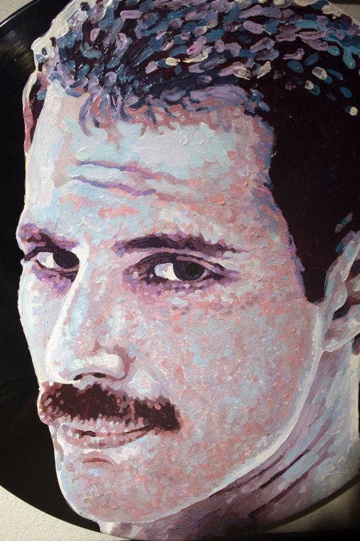 """""""Freddie"""" - acrilico su vinile 33 giri, 2013 (artist: Piero Vinci)"""