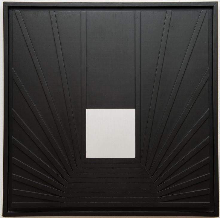 Marcello Morandini ''105-B''; legno e metallo
