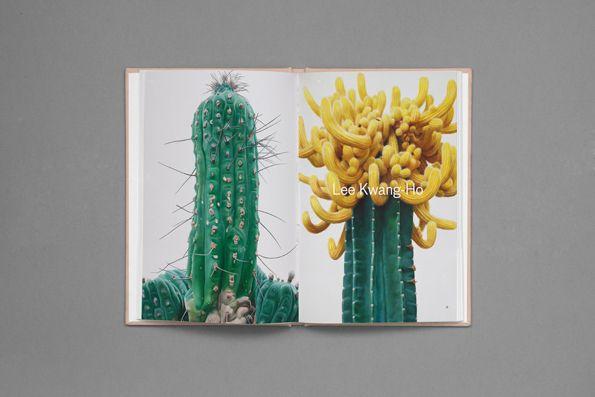 "livro ""Strange plants"""